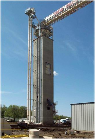 New bulk weigh scale loadout tower at Floyd Valley Grain LLC in Hinton, IA, houses a 60,000-bph CompuWeigh bulk weigh loadout scale.