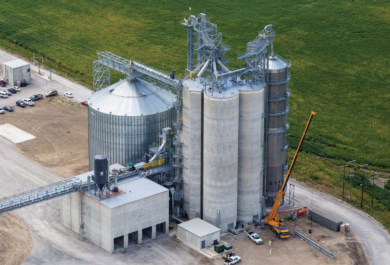 Louis Dreyfus Company's new 800,000-bushel river terminal at West Memphis, AR sends grain more than half a mile via covered belt conveyor (left) out to moored barges. Photo by Aerial Innovations of Tennessee, Nashville.